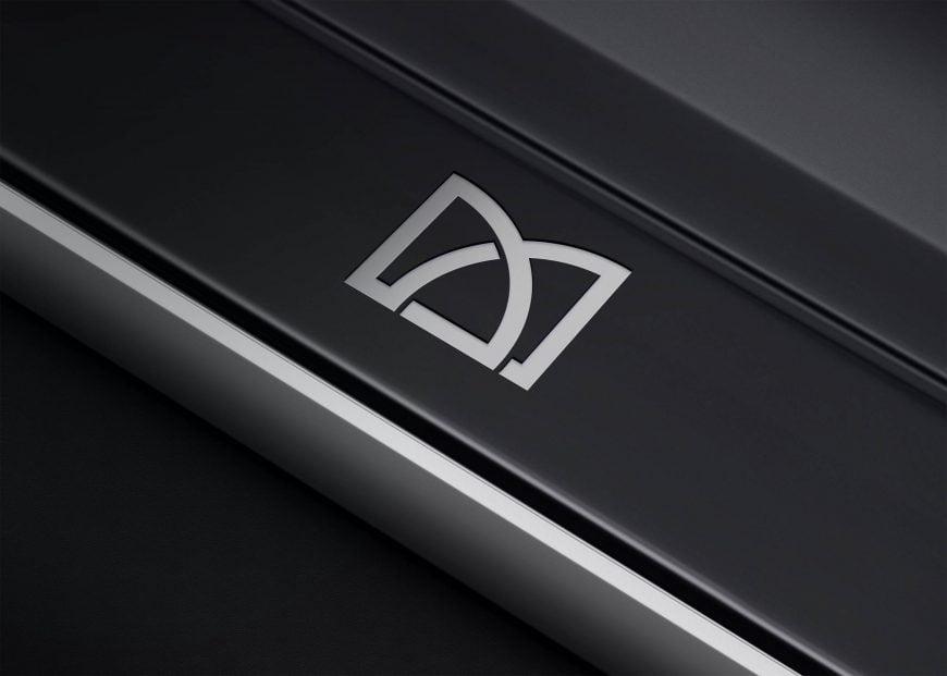 Free-Metal-Plate-logo-Mockup