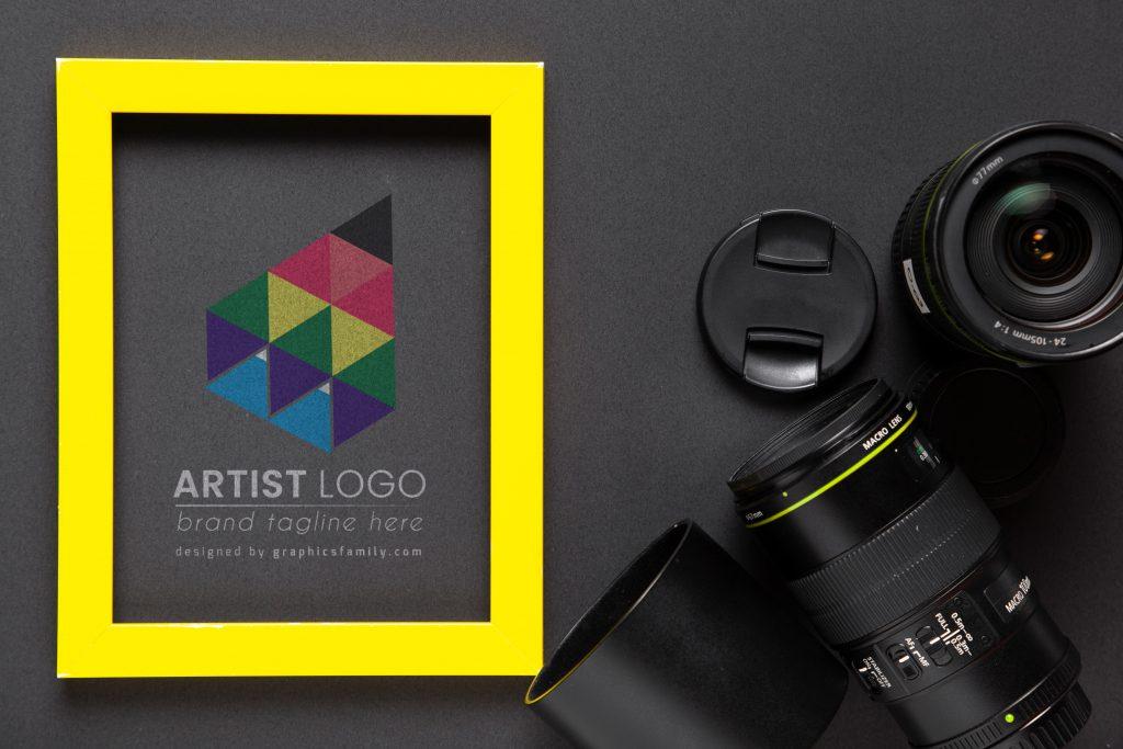 Mockup-Creative-Artist-Logo-Template