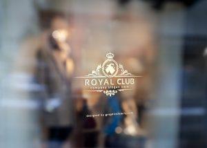 mockup-royal-luxury-logo-window