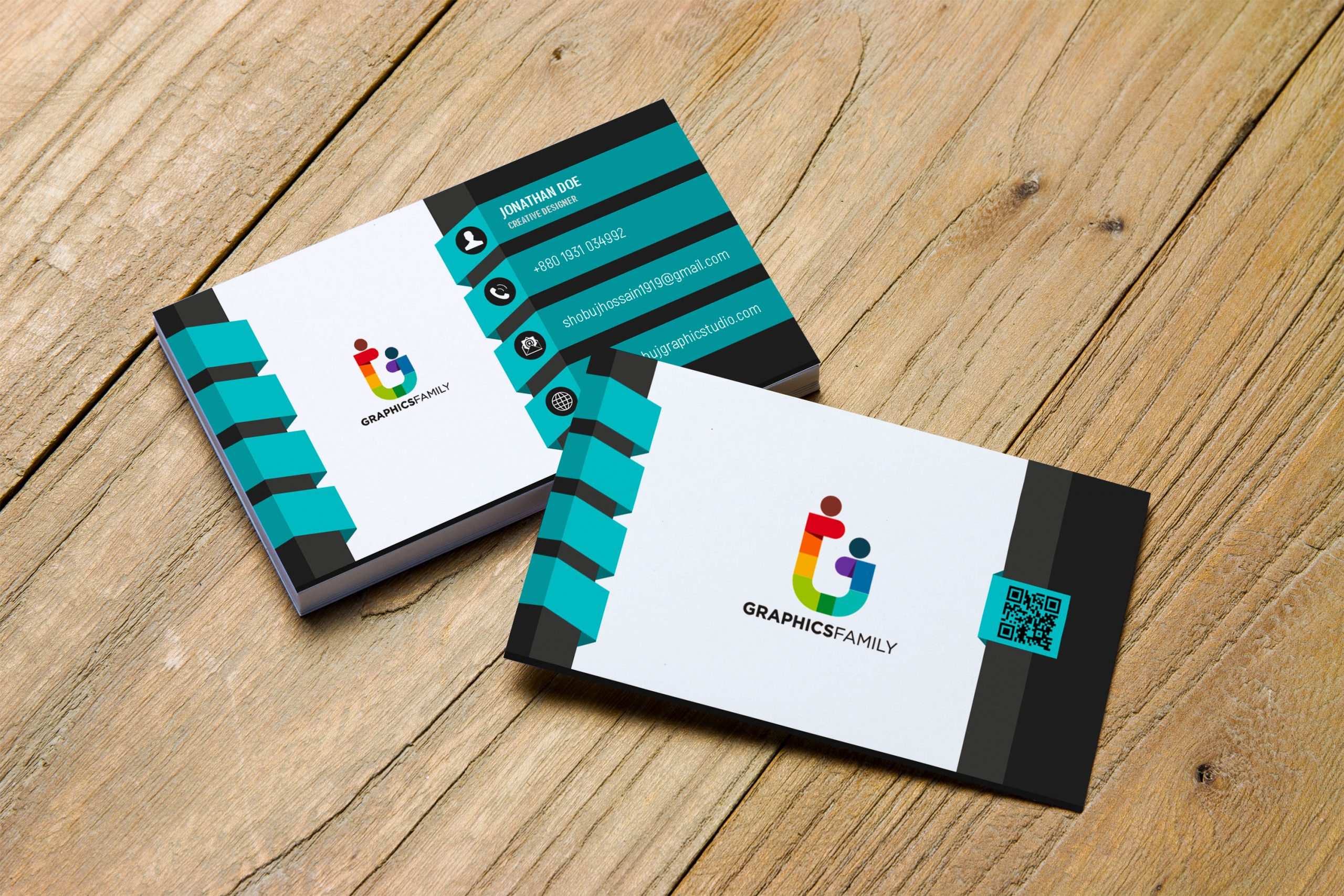3D Creative Designer Business Card Template - GraphicsFamily