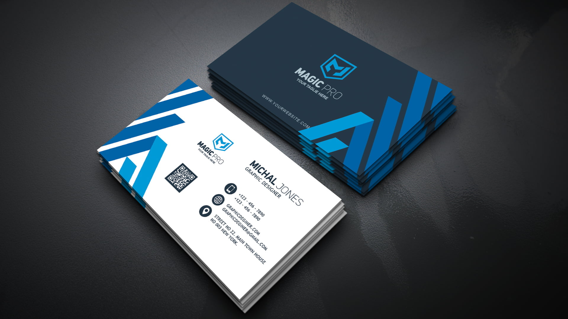 Professional Graphic Studio Business Card .PSD Template ...