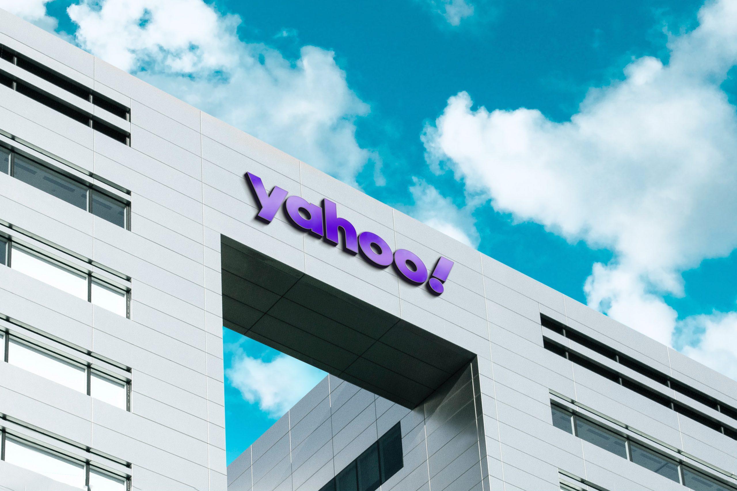 Yahoo 3D Company Logo Mockup