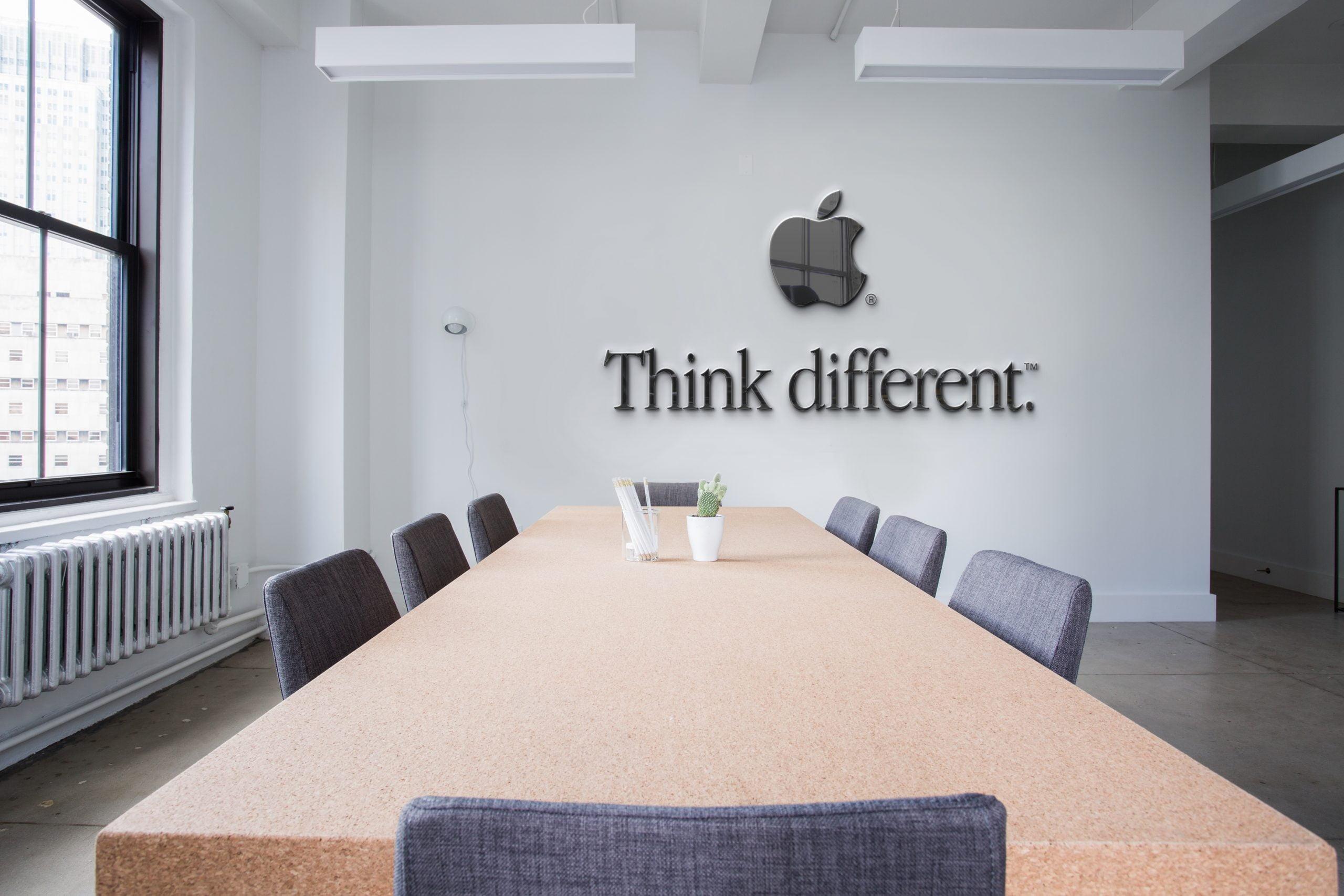 Apple-Company-Free-Conference-room-logo-mockup