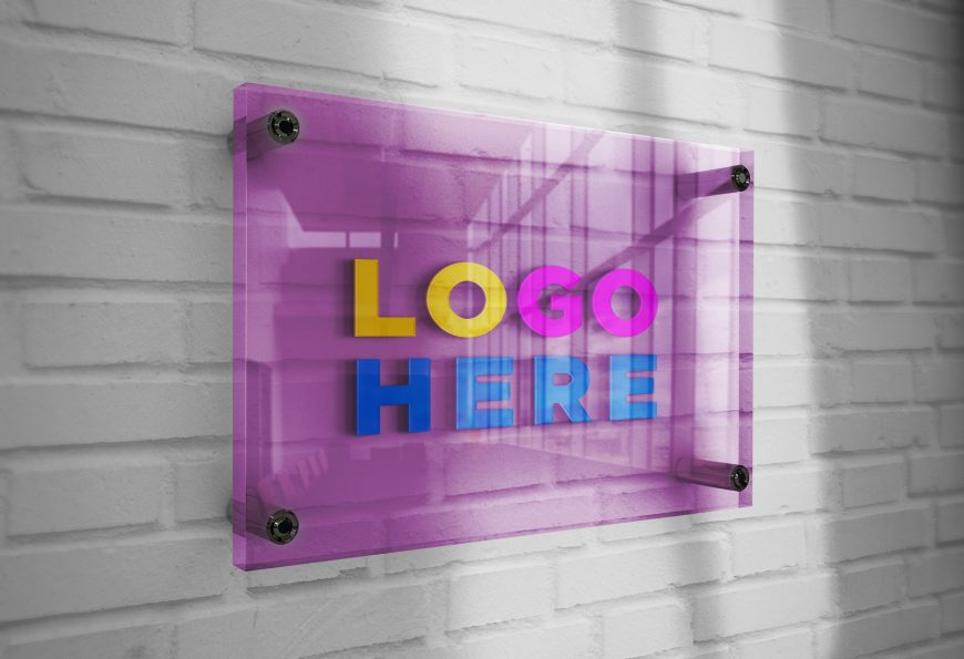 Free-Download-Logo-Mockup-3D-Glass-Plate