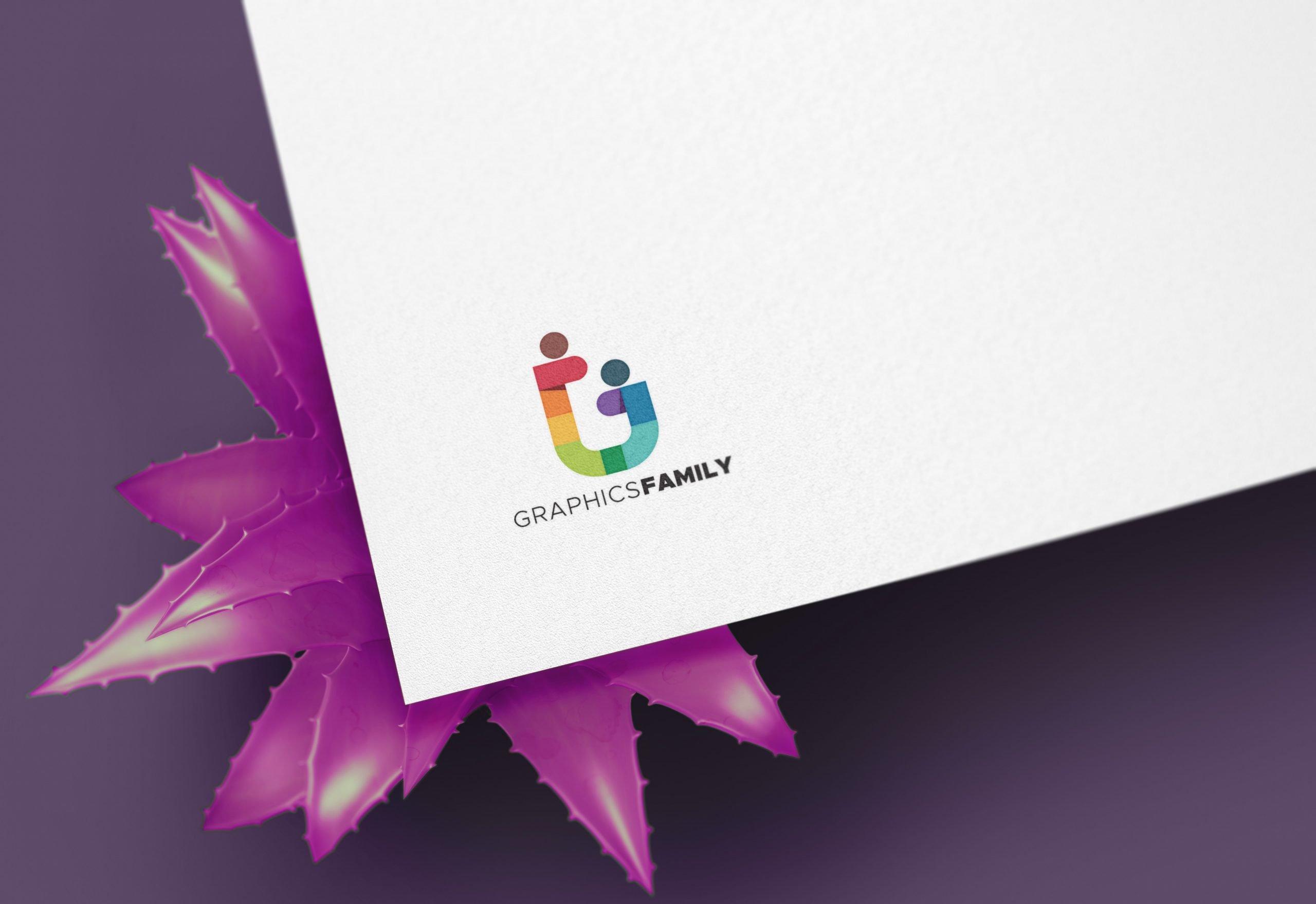 GraphicsFamily-Minimal-Logo-Mockup