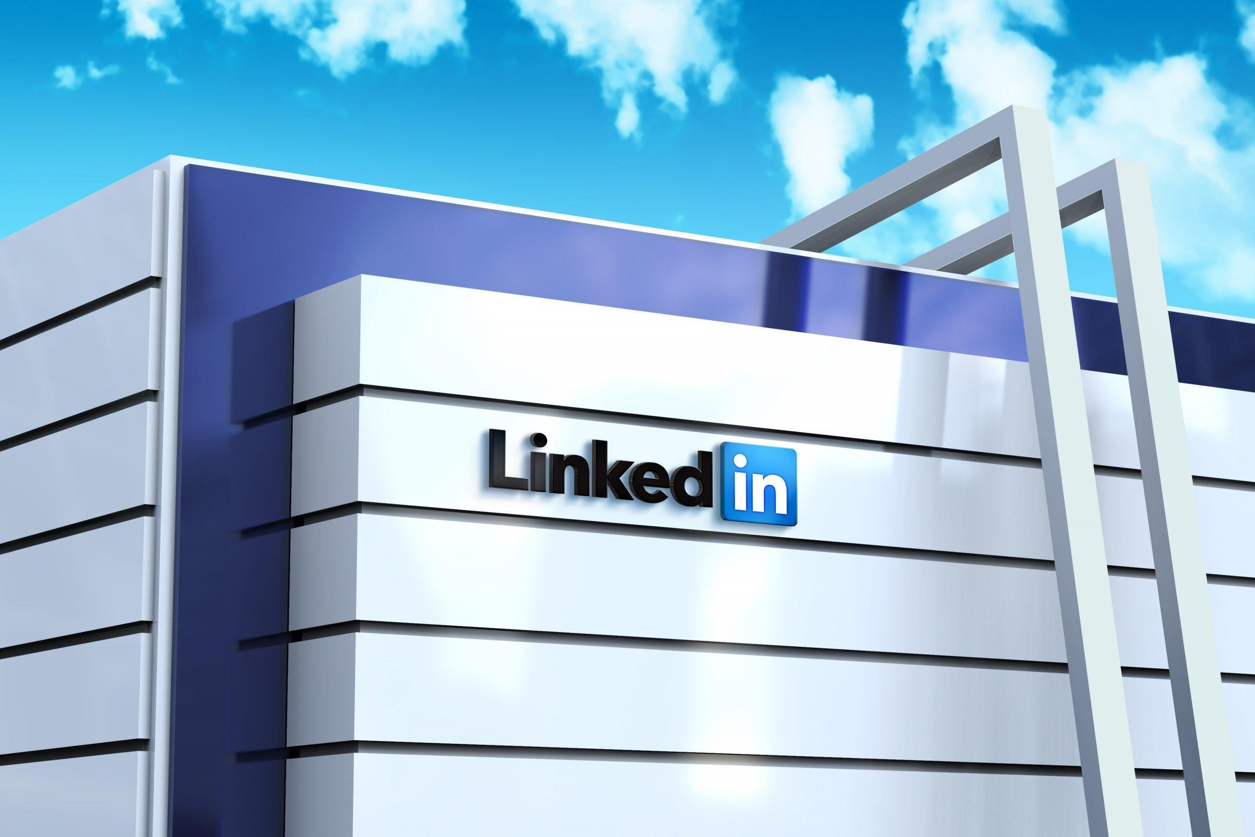 Linkedin-Logo-Example-Modern-Building-Architecture-Logo-Mockup