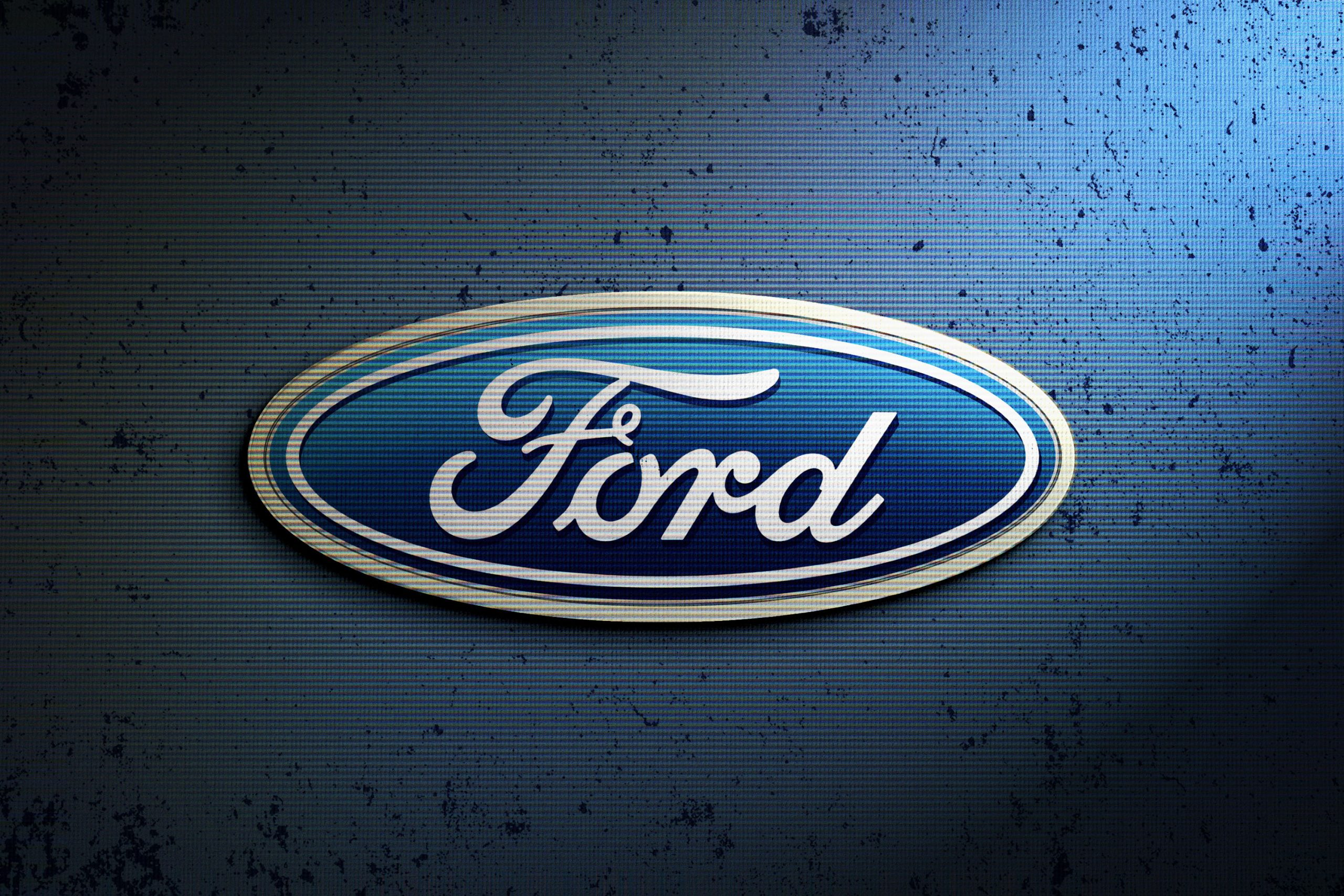 Ford Logo Sample for Photoshop Logo Mock-up with Retro Effects