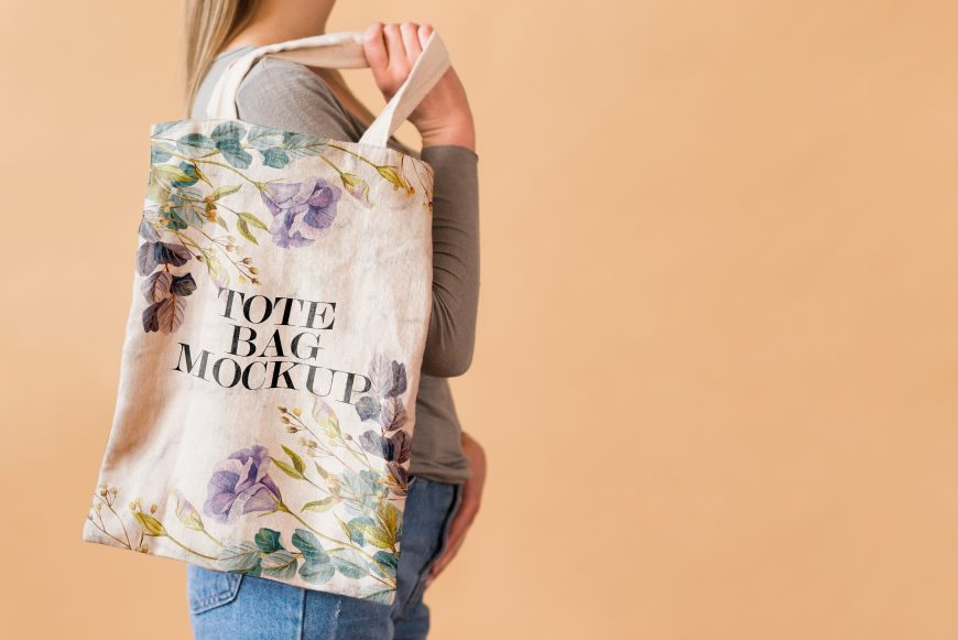 Free-Tote-Bag-Design-Mockup