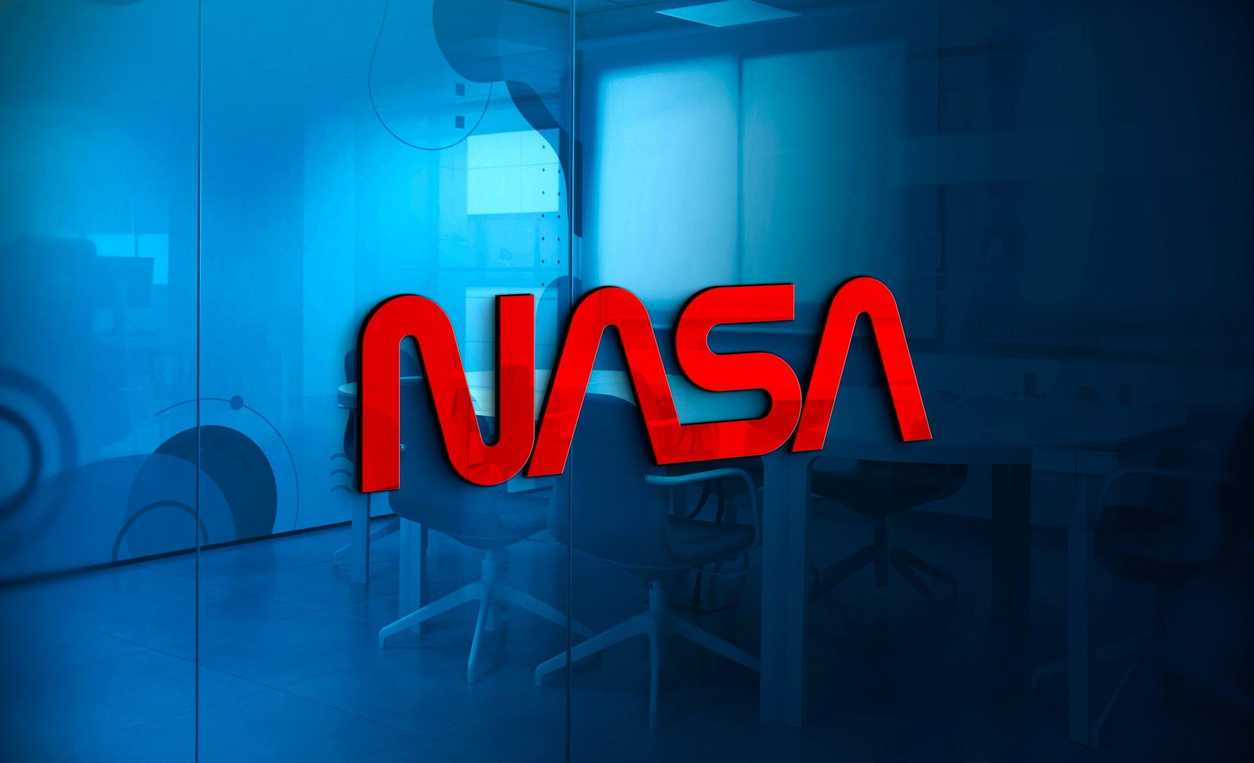 Nasa-Logo-3D-Logo-Mockup-on-Office-Glass-Wall