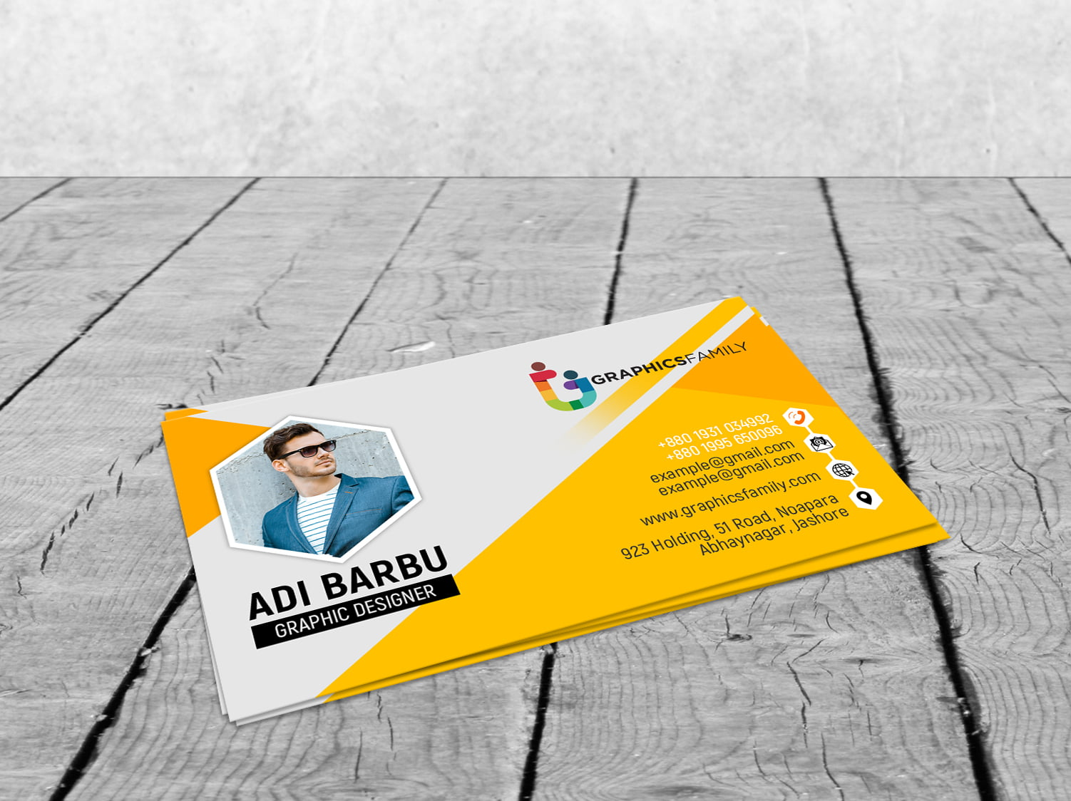Yellow Visiting Card Design by GraphicsFamily