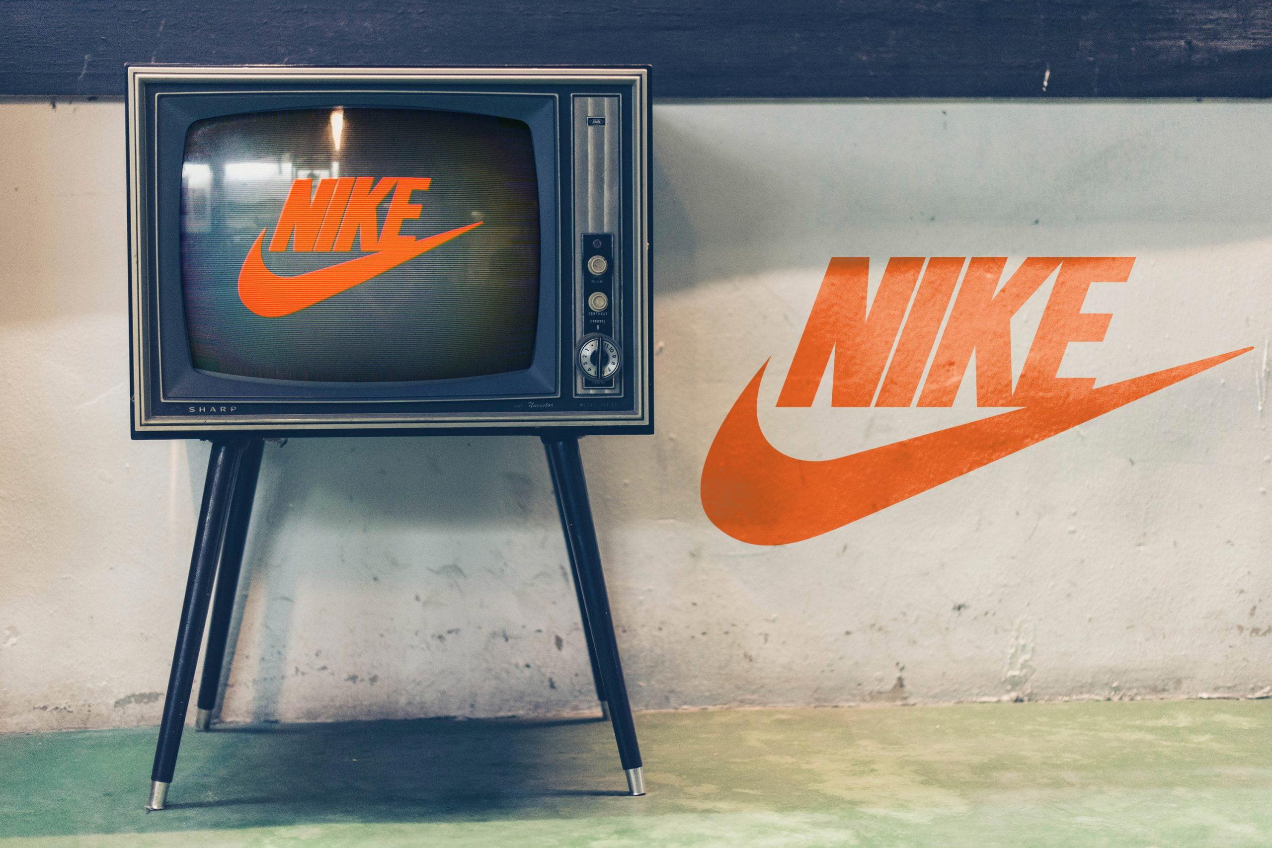 Free Download Old TV Glitch Logo Mockup