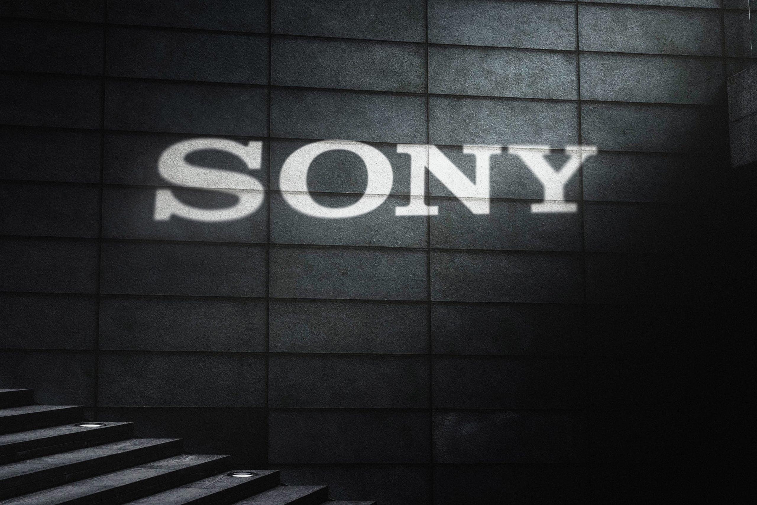 Cinematic Light Rays Logo Mockup Template