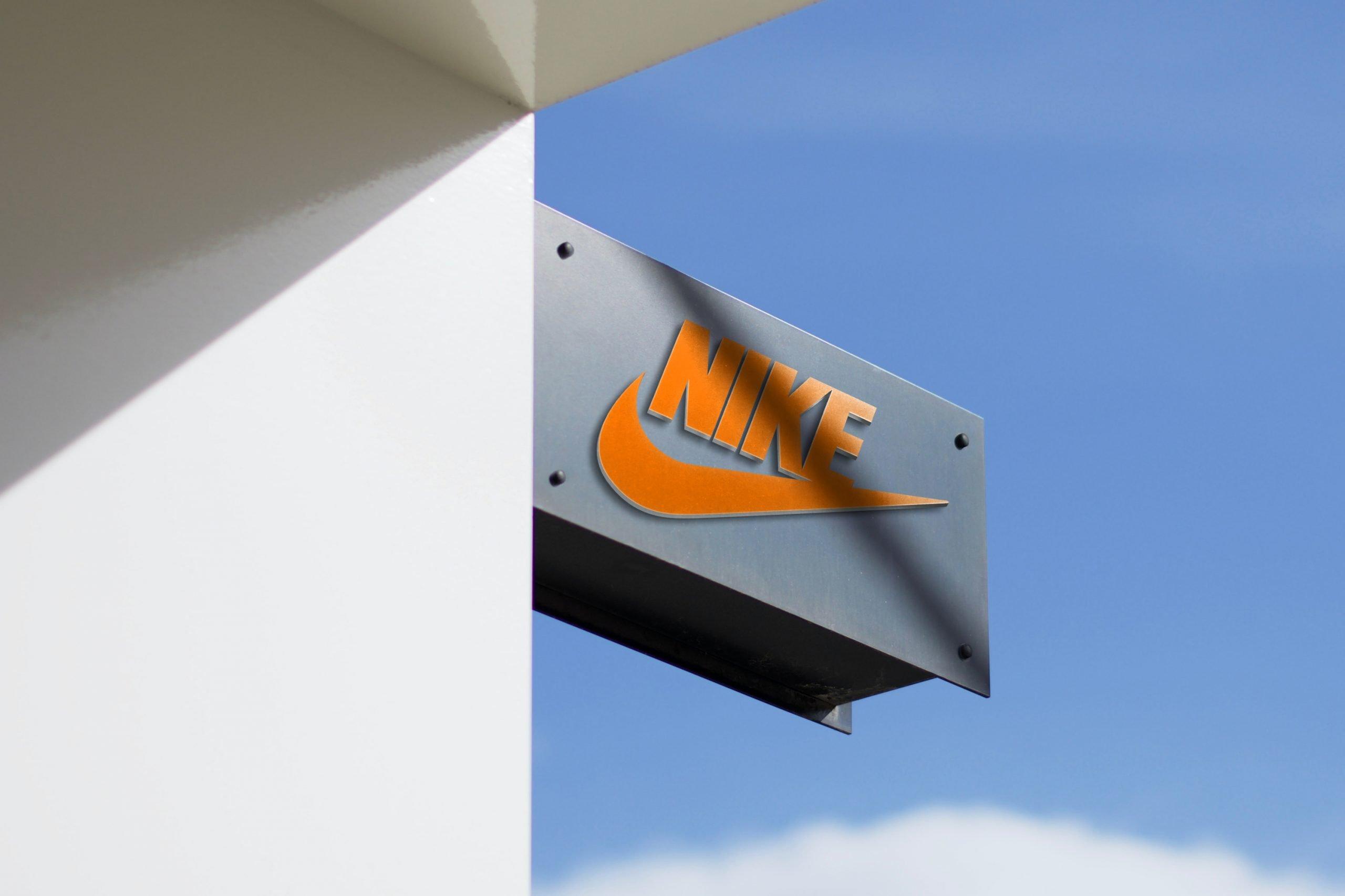 3D Metallic Frame Modern Logo Mockup