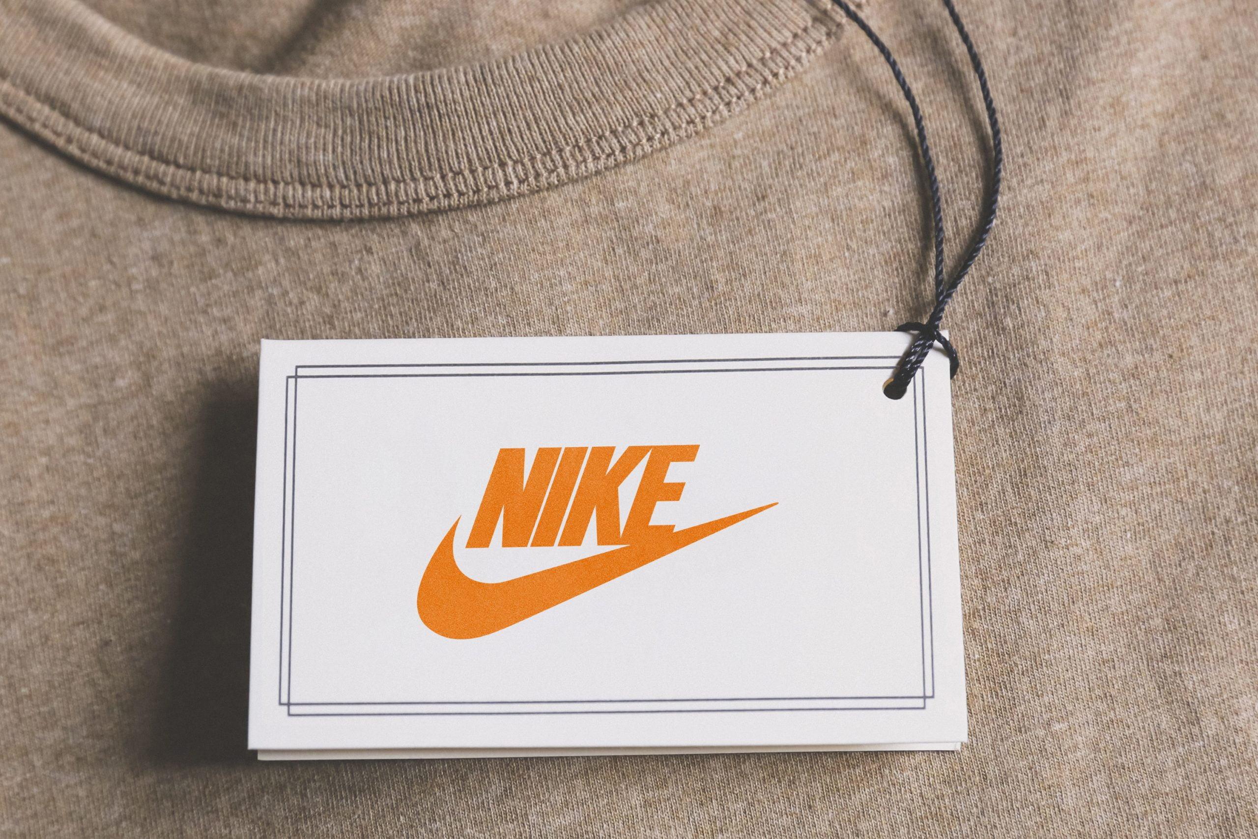 Free Cloth Tag Logo Mockup