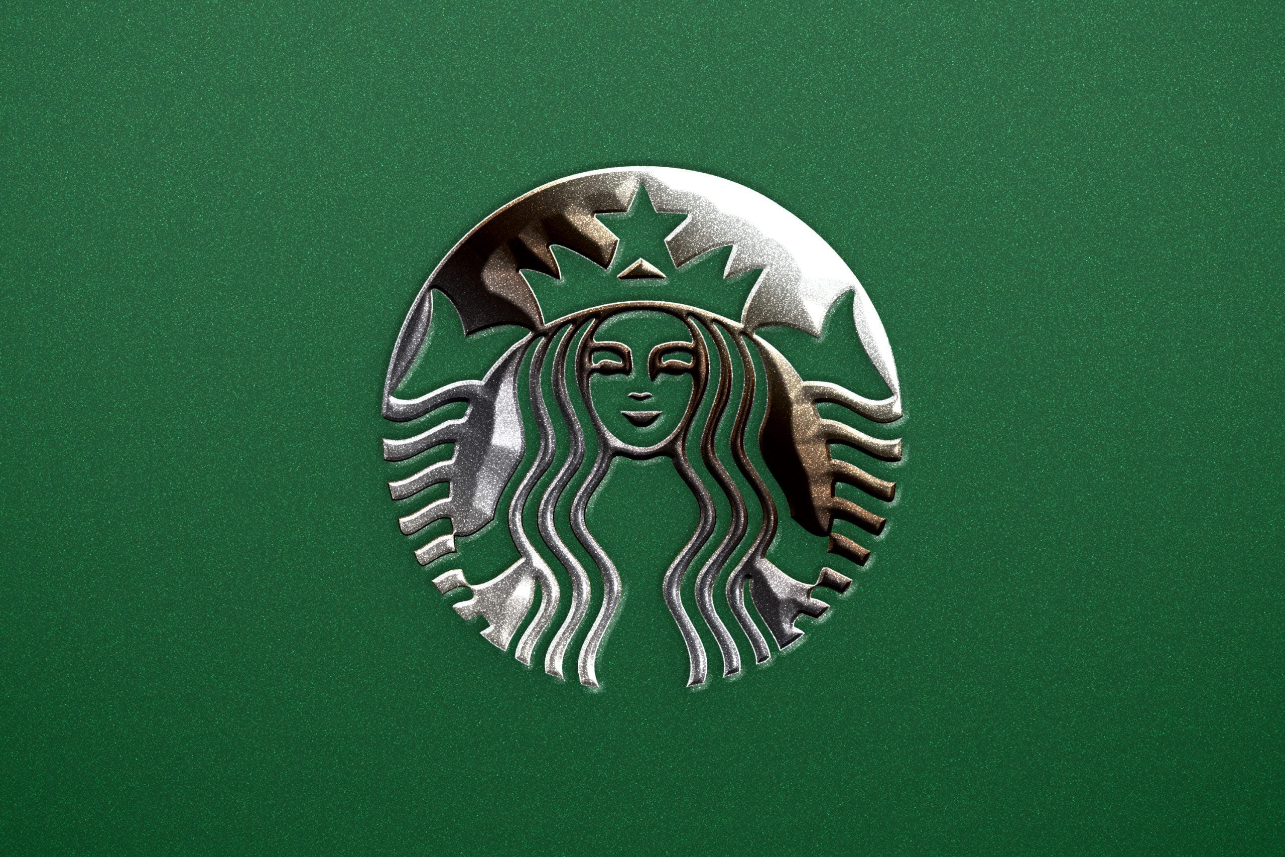 Photoshop Silver Shine Metallic Logo Mockup