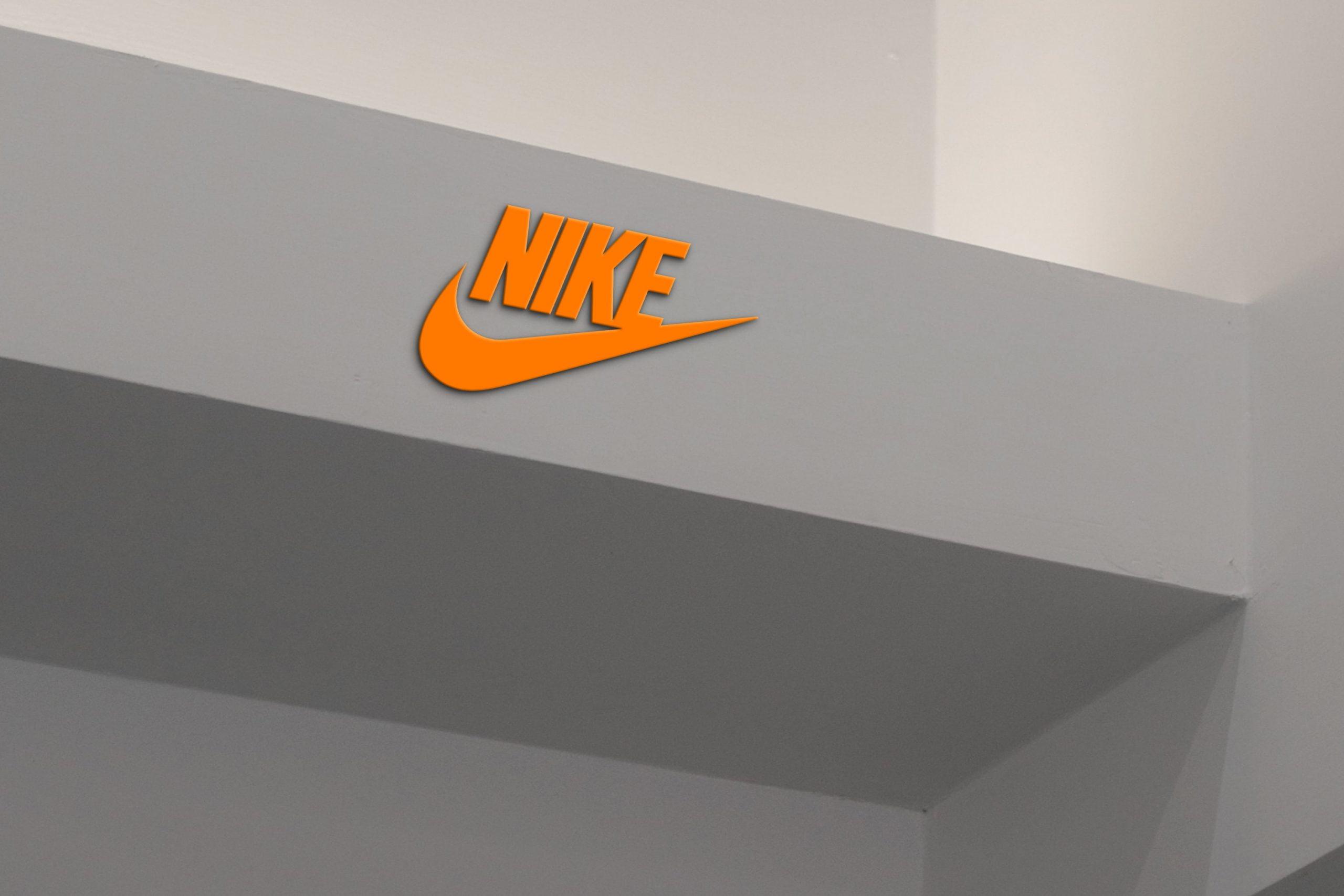 Roof Edge 3D Logo Mockup