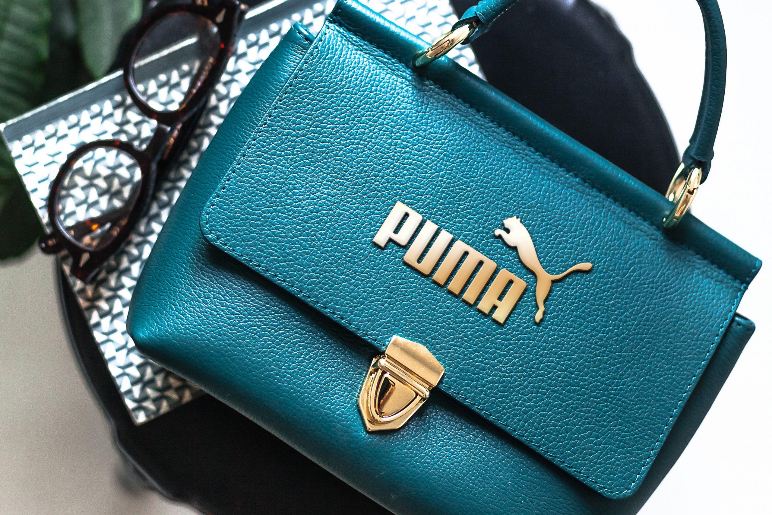 purse metallic logo mockup2 14-sep-21